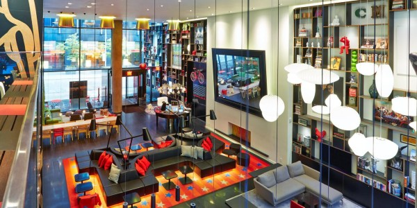 citizenm new york times square hotel lobby2