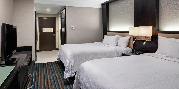 courtyard by marriott times square new york city gay hotel gaymapper room