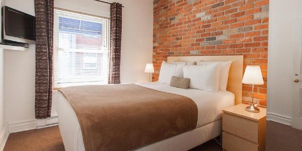 BBV bed and breakfast gay hotel montreal gaymapper room